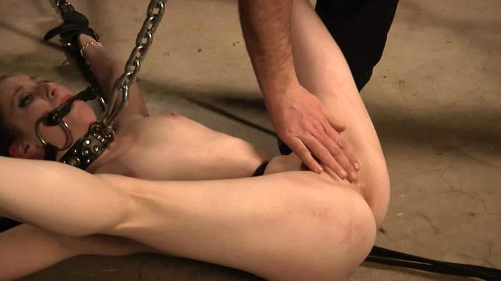 Peachy Keen Films-Chain Strangle