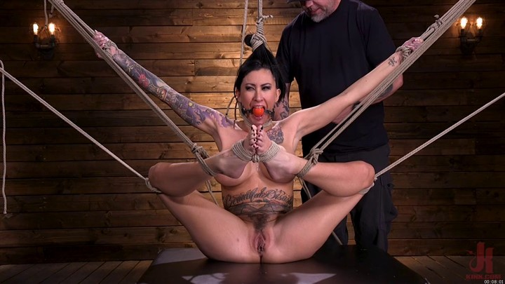 Tattooed Slut Brutalized in Bondage and has Squirting Orgasms